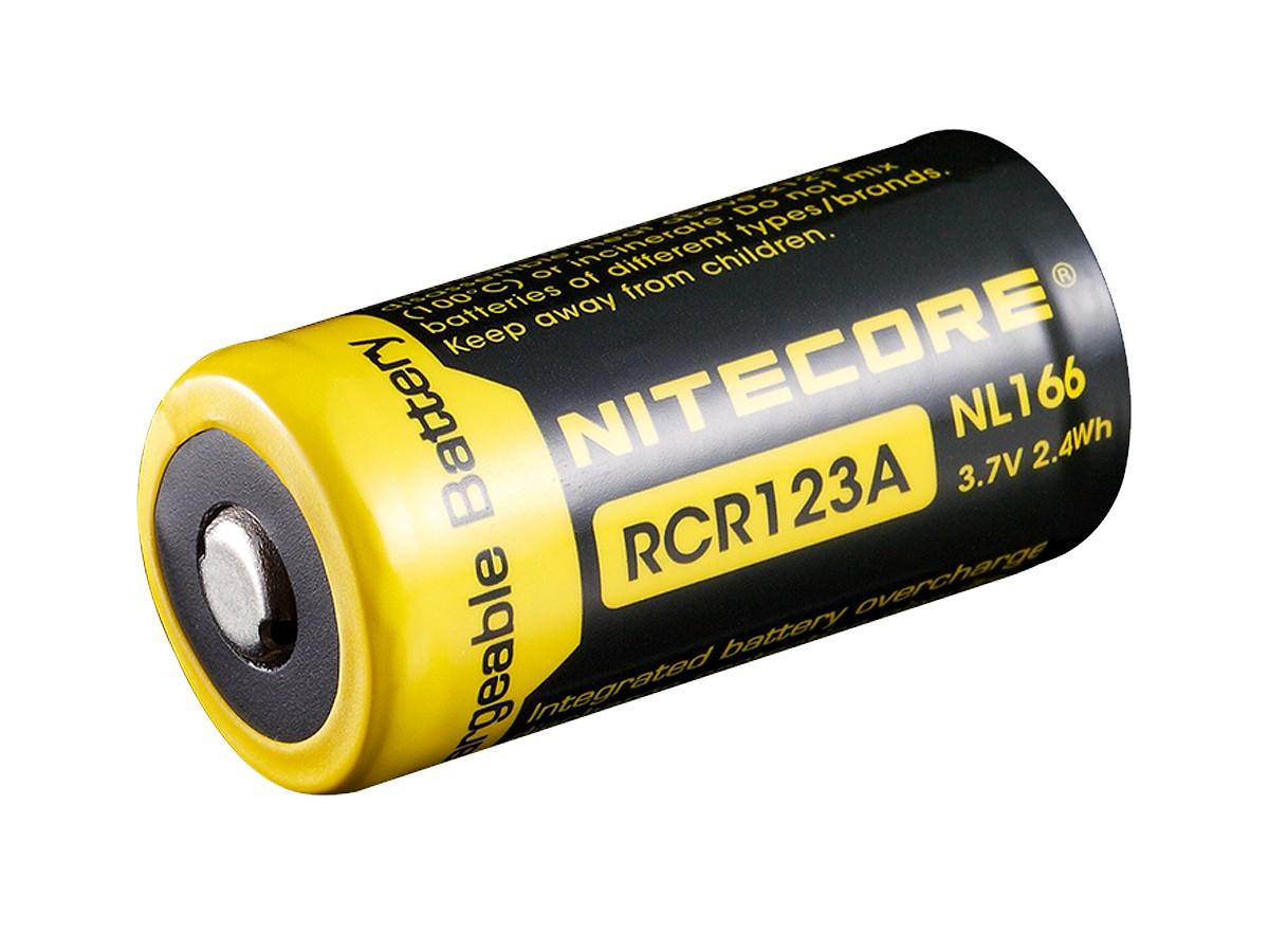 Op bestehardware.nl (de beste hardware onderdelen) is alles over algemeen te vinden: waaronder batterijenhuis en specifiek Nitecore RCR123A Li-ion NL166 650mAh (Nitecore-RCR123A-Li-ion-NL166-650mAh502360)